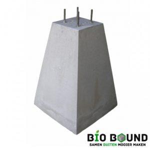 Betonpoer 70 cm hoog 4 x draadeind M12 biobased circulair