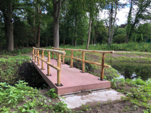 bruggen duurzaam beton voor algemene begraafplaats Heemstede