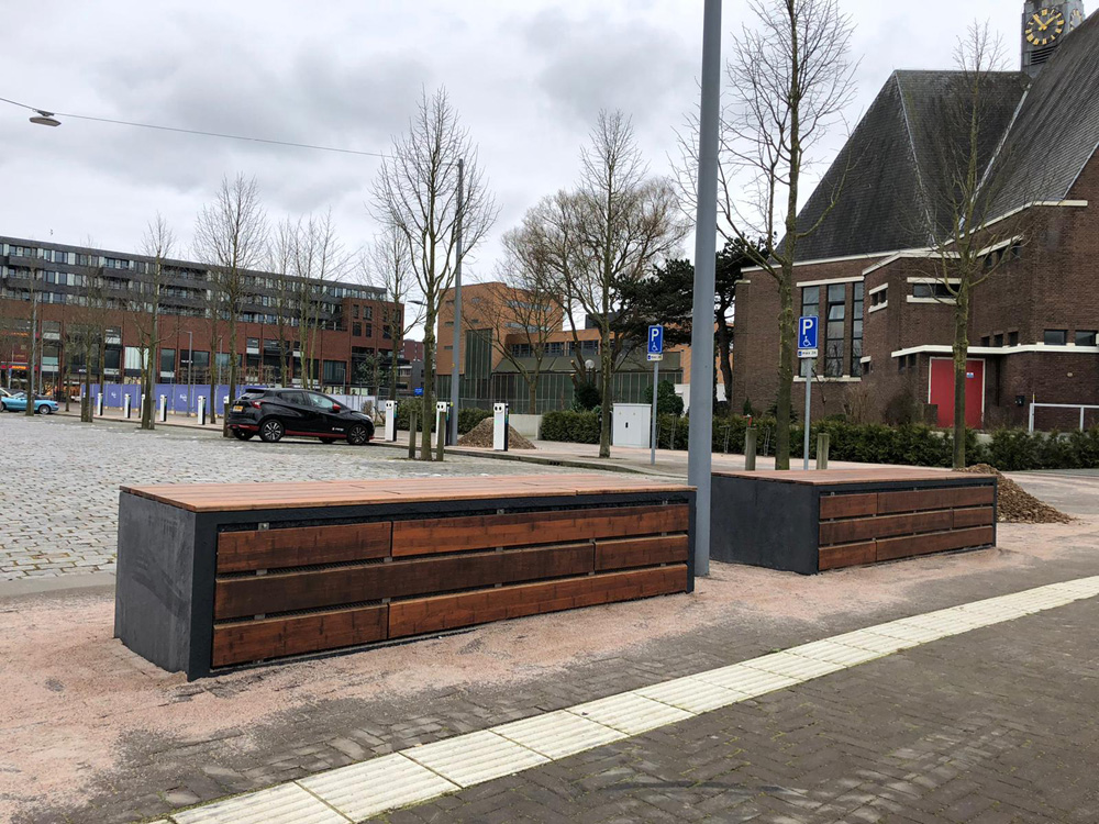 Bufferbanken voor slim laadplein Haarlemmermeer